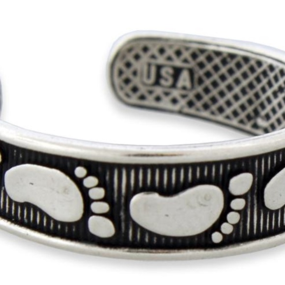 Jewelry - Sterling Foot Prints Adjustable Toe Ring!